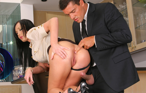 Beatiful women getting fucked